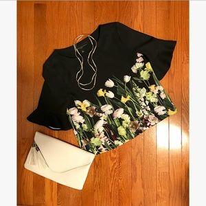 💐NWOT, Victoria Beckham x Target, floral top! 💐